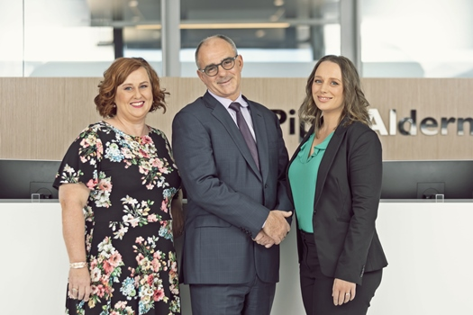 Piper Alderman nabs five-strong team from K&L Gates