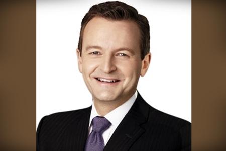 Stuart Fuller trades KWM for KPMG Law