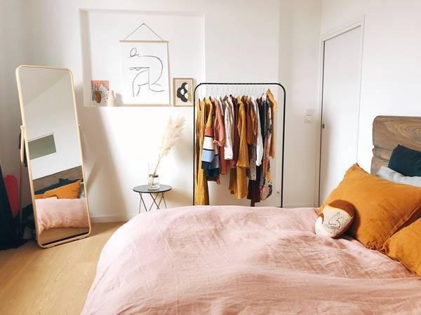 6 Ways To Transform A Tiny Bedroom