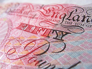 UK CEO shares the largesse