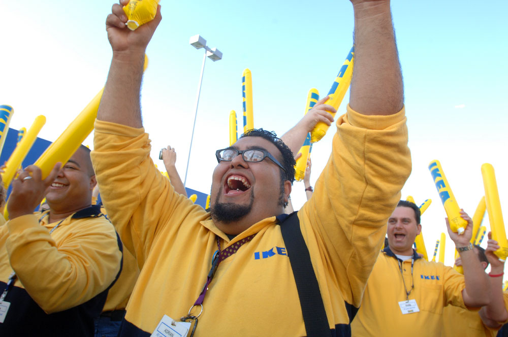 """The IKEA effect: Why employers should say """"tack"""" to their workers"""