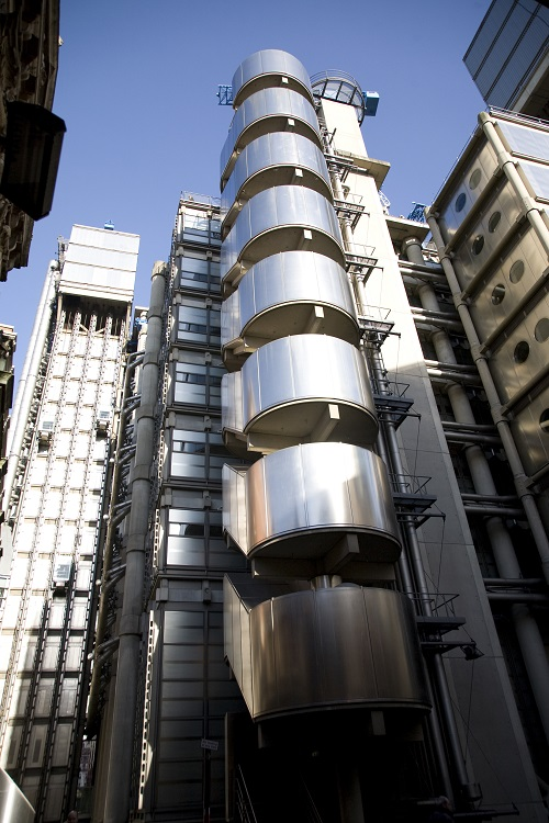 Lloyd's sets up shop in the UAE