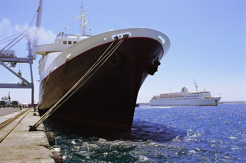 Piracy risks and mega ships pose new risks for Aussie businesses