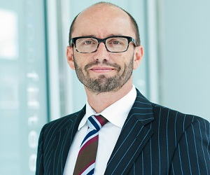 Alastair Carruthers: Film producer, law firm CEO and CNZM