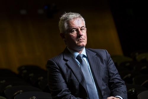 Principals teetering on the brink – report