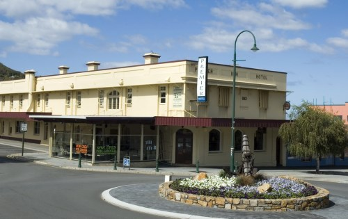 Historic hotel set ablaze for $3m insurance payout, court told