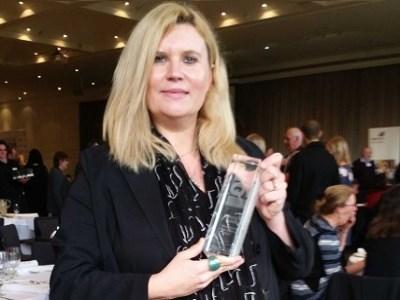 Award-winning teacher empowers female students