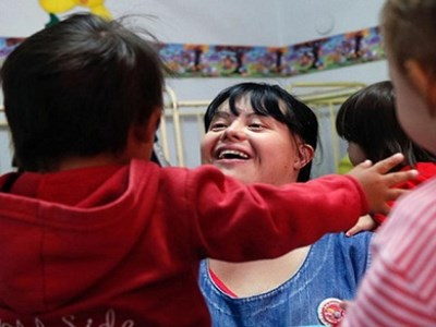 Down-syndrome teacher defies expectations