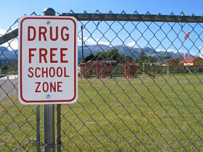 Teacher convicted of drug smuggling allowed to return to work