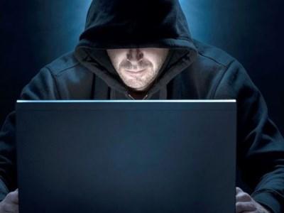 Explicit photo-sharing website back online