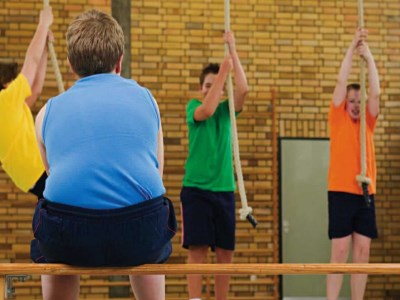 PE teachers have 'strong anti-fat biases', report shows