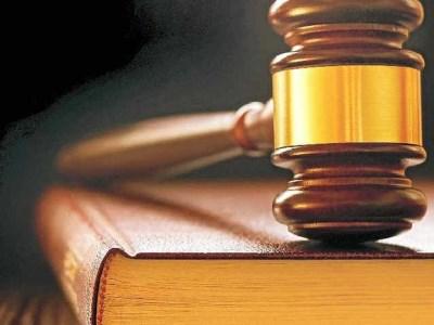 Principal of prestigious school threatens to sue students