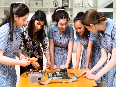 School boosting girls' involvement in STEM