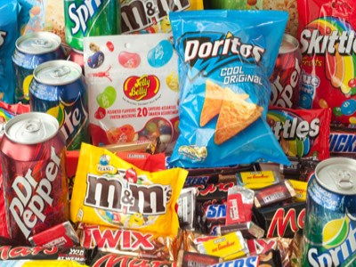 UN calls for ban on junk food ads in schools