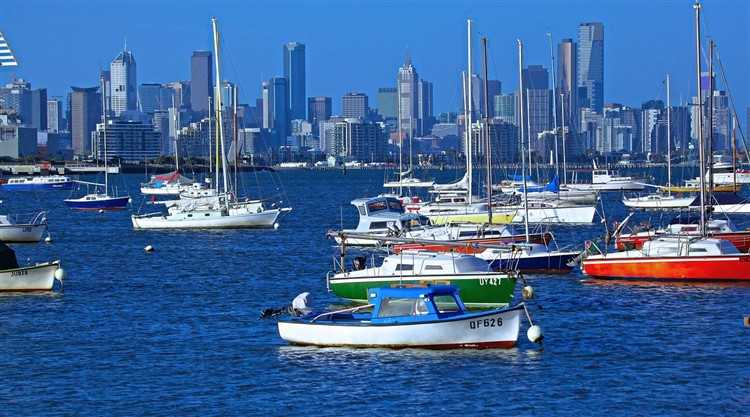 Most new migrants to Australia continue to settle in Sydney and Melbourne