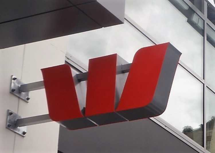 Westpac slashes fixed interest rates on certain loans