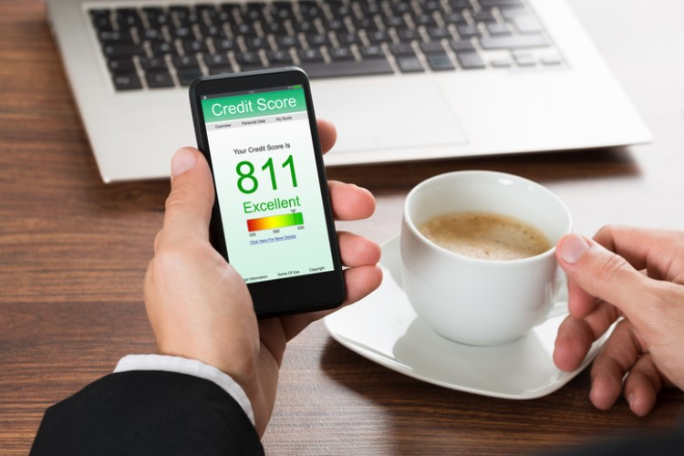 How you can effectively improve your credit score