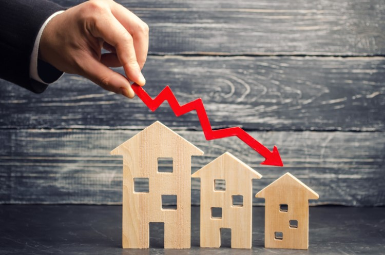Housing market clocks largest downturn since GFC