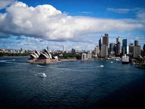 Many Aussies think only the wealthy can afford homes