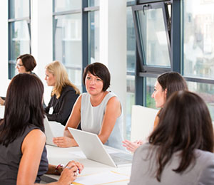 Firm pioneers career re-entry platform for women