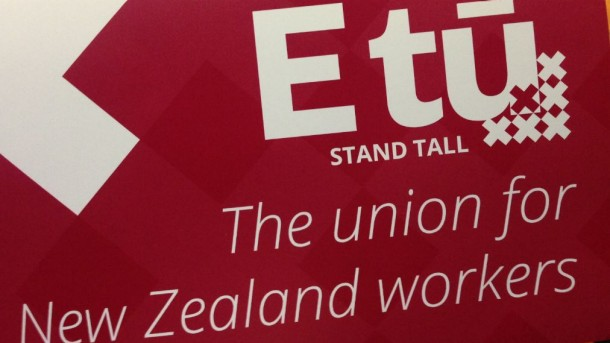 E tū accepts new collective agreement for manufacturing industry
