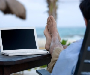 Brokers and other small business owners most likely to work on vacation