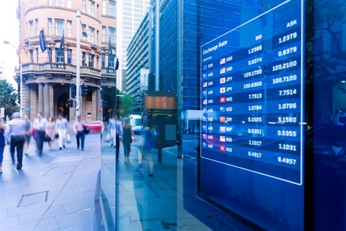 Australian litigation funder lists on London Stock Exchange