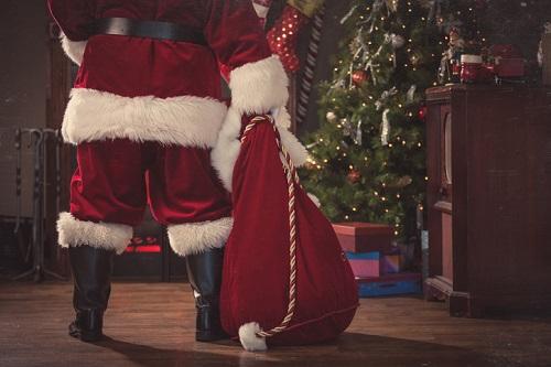 Teacher loses job for telling kids 'Santa isn't real'