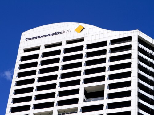 Commonwealth Bank allegedly 'ripped off' 7,000 employees, claims union