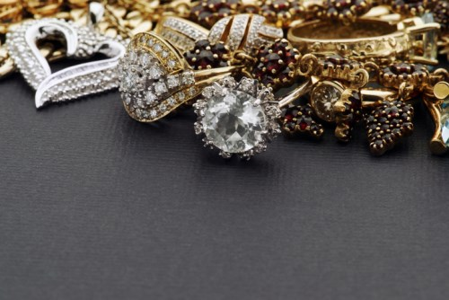 Far Out Friday: 86-year-old legendary jewel thief's insurance payout ruse