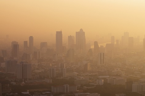 Haze shuts schools in Bangkok