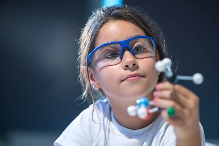 Mentors boost female confidence in STEM education