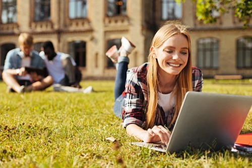 What influences a student's decision to enrol at a university?