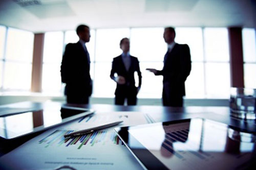 Baker McKenzie posts record global revenue