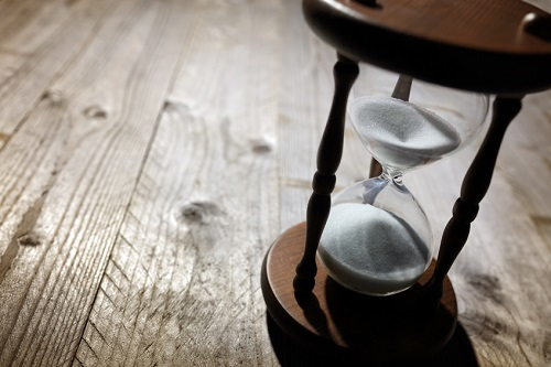 Global firm trials ending performance-billable hours link