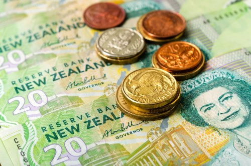NZ dollar drops to new 5-month low