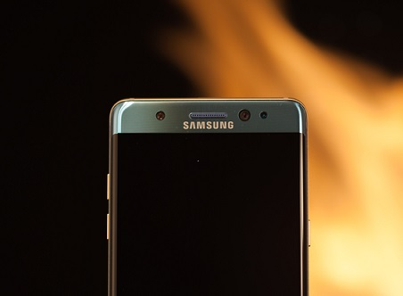Samsung uncovers cause of smartphone fires: Source