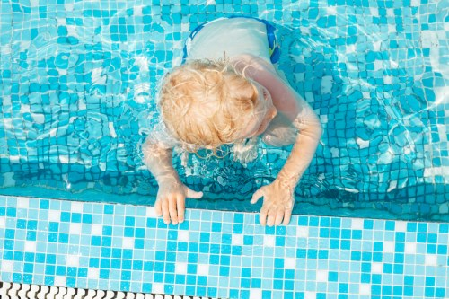 ACT schoolchildren suffer as swimming lessons dwindle