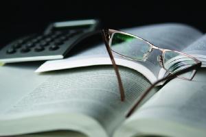 Tough graduate market adding to law students' stress: Survey