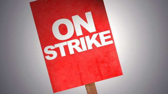 Lockout called off as unions reach deal