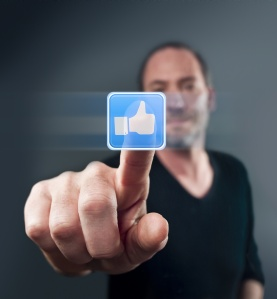 9 tips for selling through social media