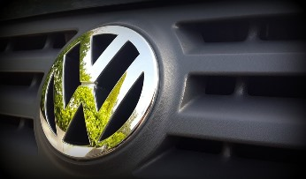Major insurer Allianz to sue Volkswagen
